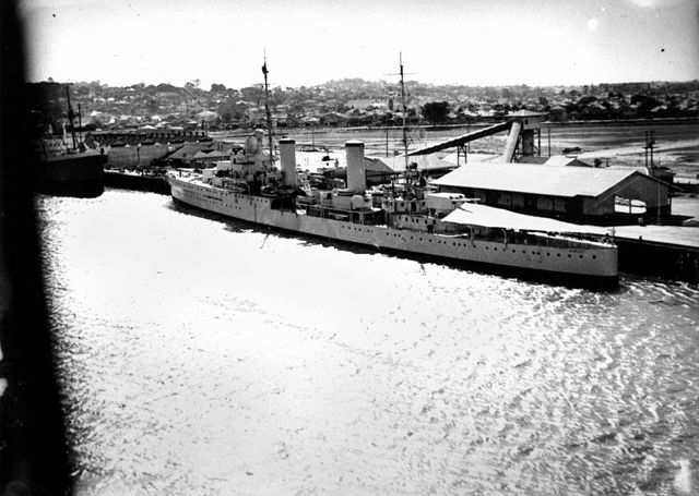HMS Hobart in Brisbane, 1939