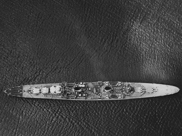 HMAS Perth through the Panam Canal, March 1940