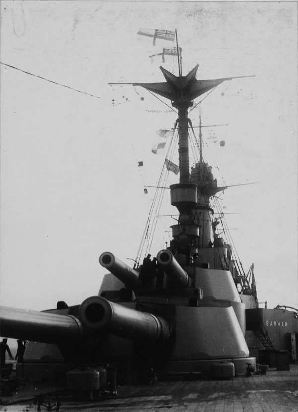 barham-ww1-aft-turrets-USN
