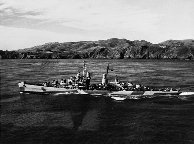 USS_Reno_underway_off_California_on_25_January_1944