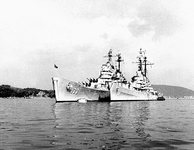 USS Juneau anchored nearby USS Toledo at Yokosuka in 1950