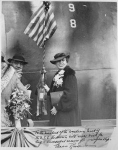 Eleanor_Roosevelt_christens_YORKTOWN_Newport_News