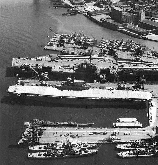 New_York_Naval_Shipyard_22_June_1958