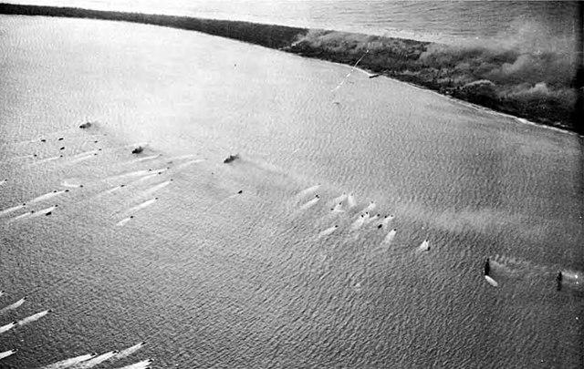 Landing crafts approaching eniwetok beaches