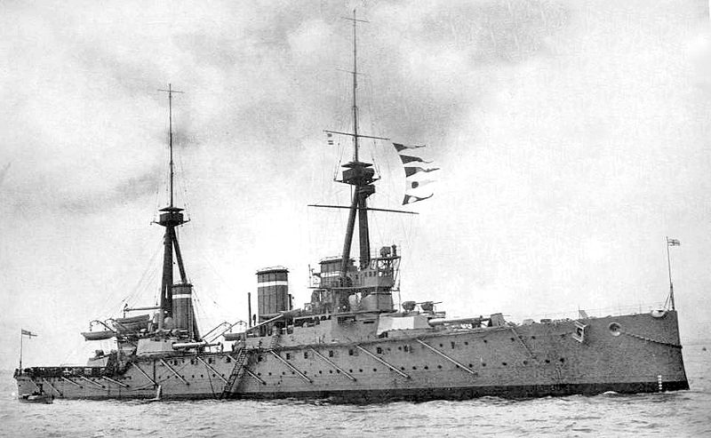 HMS Invincible in 1914.