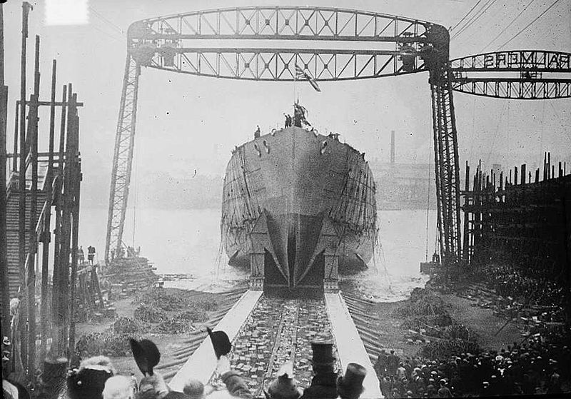 HMS_Queen_Mary_launched