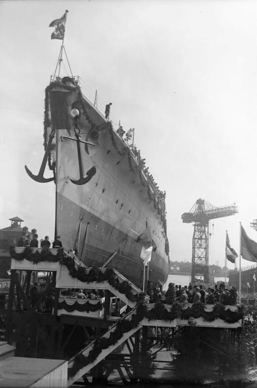 Königsberg launched